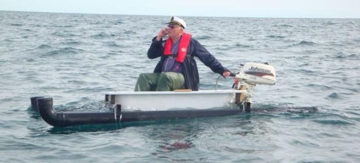 Pensioner sails from Ireland to Scotland in a bathtub